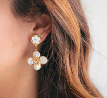 Load image into Gallery viewer, Clara Earrings