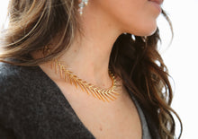 Load image into Gallery viewer, Fishbone Necklace