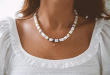 Load image into Gallery viewer, Fleur Necklace
