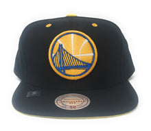 Load image into Gallery viewer, Mitchell And Ness Golden State Warriors Velour Snapback Hat