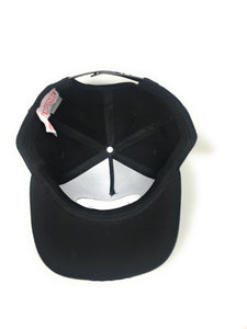 Punisher - Logo On Poly Faux Wool White/Black Snapback