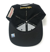 Load image into Gallery viewer, Mitchell and Ness Toronto Huskies Black/Gold Full Logo Snapback Hat