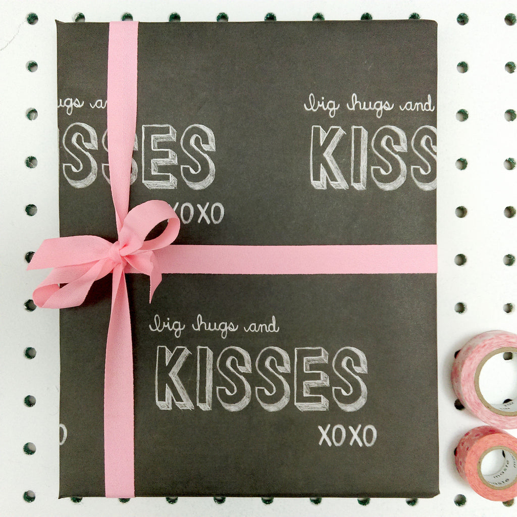 Big Hugs and Kisses Chalkboard Wrap