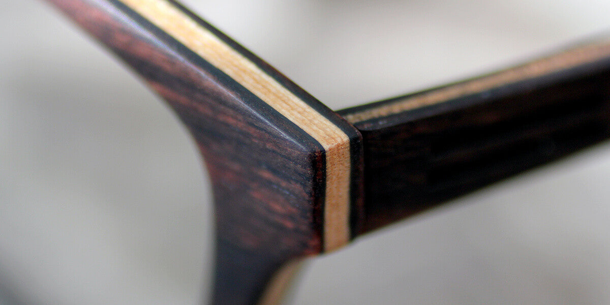 Adjustable glasses-flexes the wooden temples
