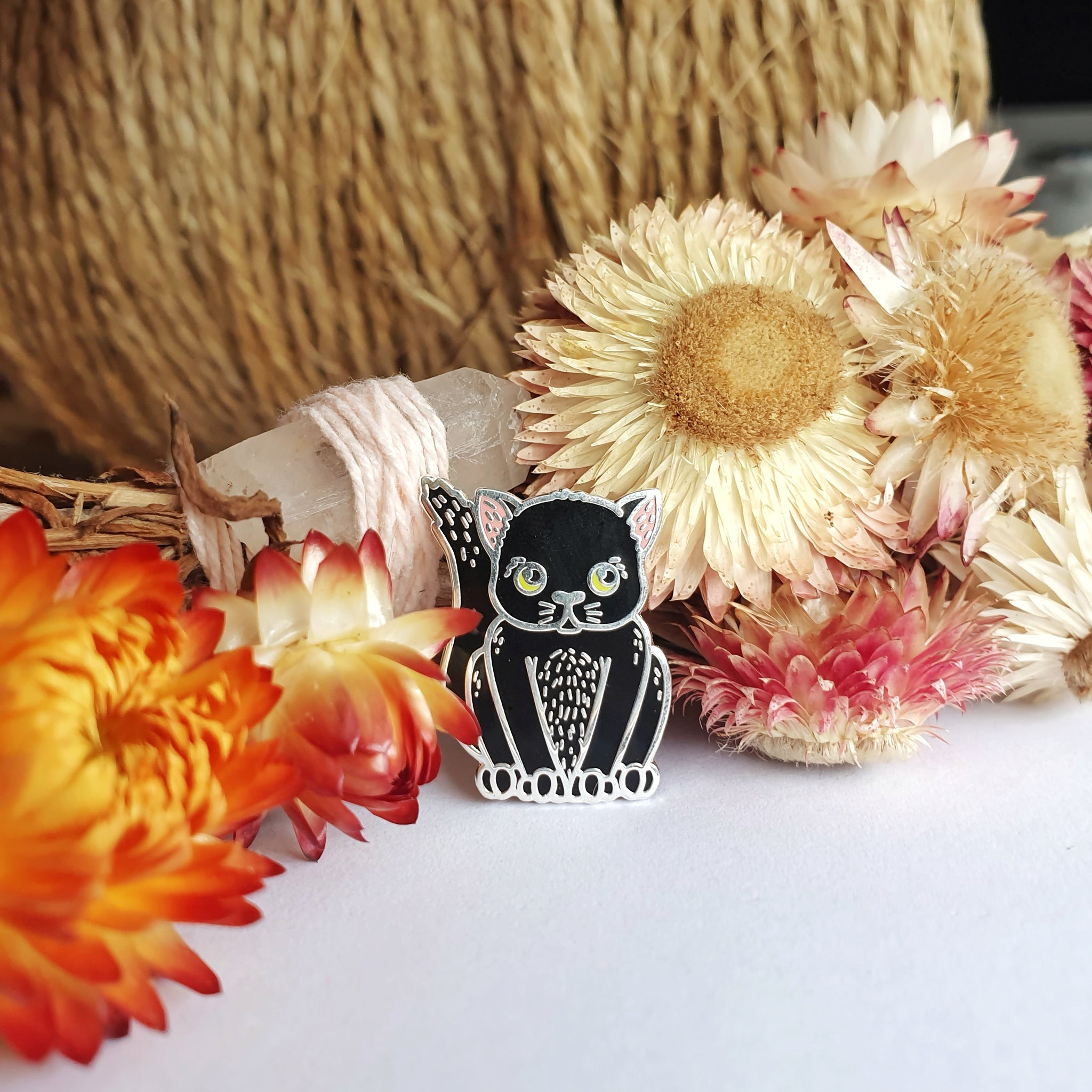 Black Kitty Mini-Pin