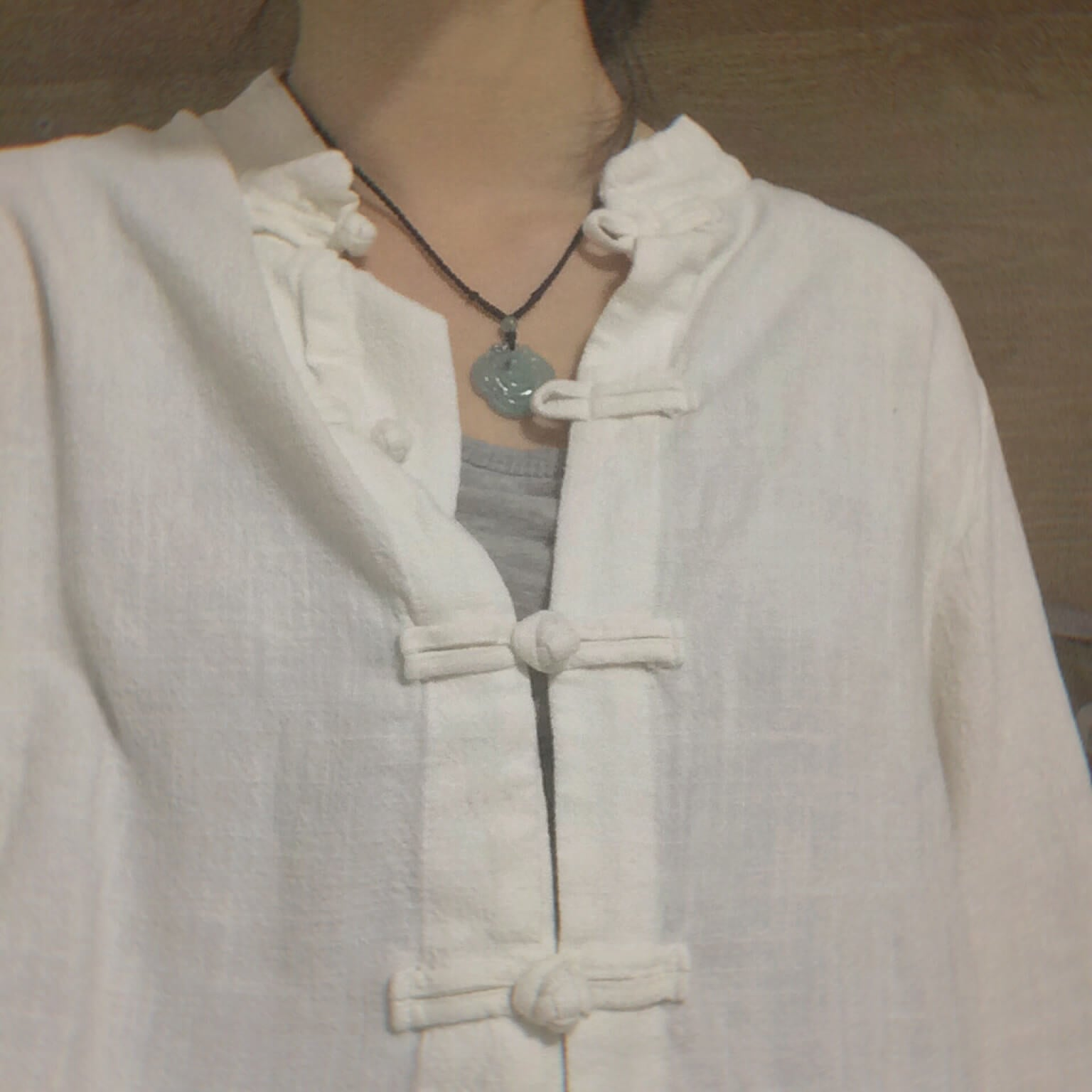 Liziqi shop clothing hanfu style classic Cotton and linen shirt white color detail environmentally friendly material