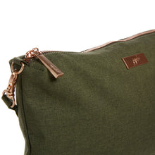 Load image into Gallery viewer, JU-JU-BE BE QUICK CLUTCH - OLIVE ROSE 2.0