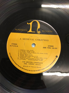 THE BOSTON CAMERATA LP ; A MEDIEVAL CHRISTMAS