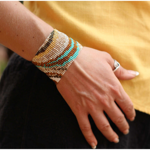 Artista Magnetic Closure Bracelet - Guatemala-Shop All-Lumily