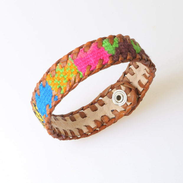 guatemala leather bracelet colorful with snap closure