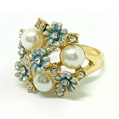 Gold & Resin Floral Ring - A large statement ring with resin flowers and pearls.