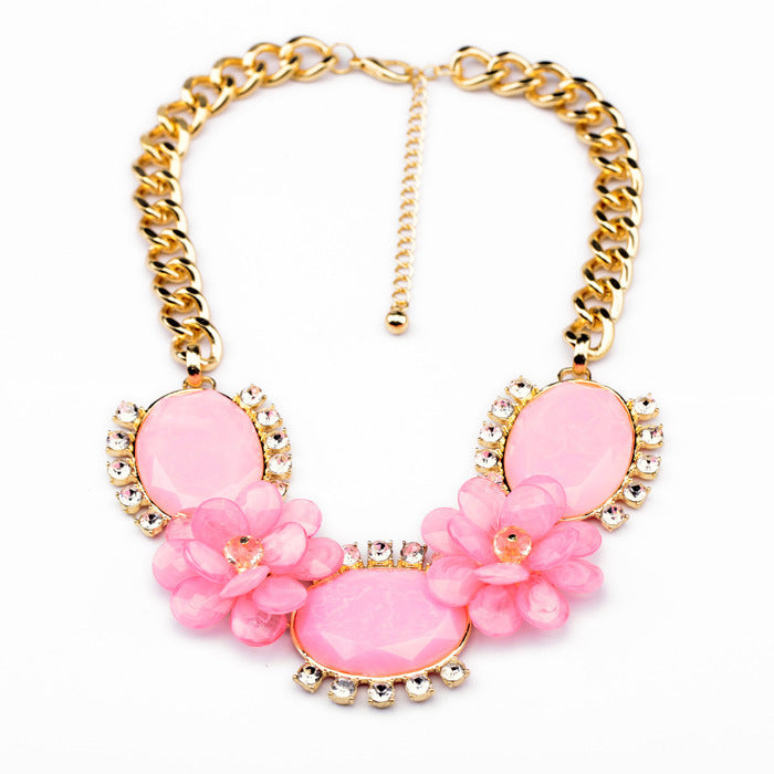 Bring some life to any outfit with these adorable, extra-chunky necklaces, available in two adorable pastel colours!