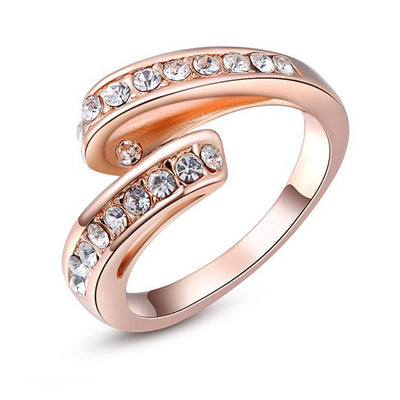 Ribbon Ring - Bow Themed Rose Gold Ring With Crystals.