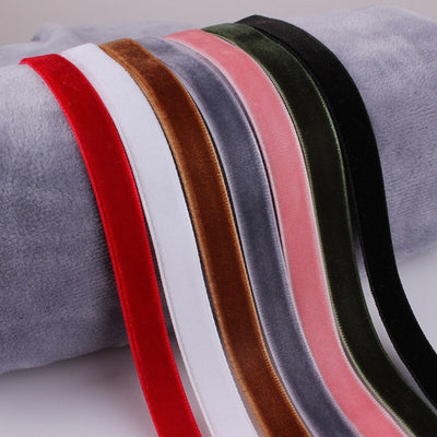 The Retro Revival - Velvet Choker Sets - A simple seven pack of velvet chokers in assorted colours.