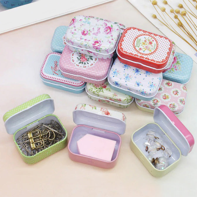 Teenytopia Trinket Tins - Retro Roses - Cute little metal tins adorned with delicate floral patterns in an assortment of colours.
