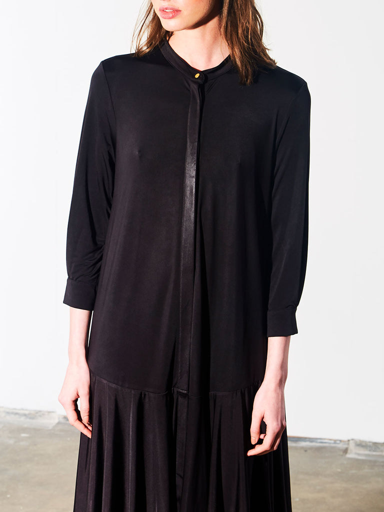 GODET DRESS - BLACK