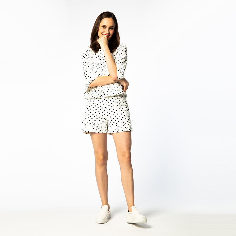 [5811] Polka dot flower motif shorts (30% off)