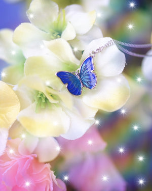Wisteria Butterfly Necklace - Wonderland L'atelier
