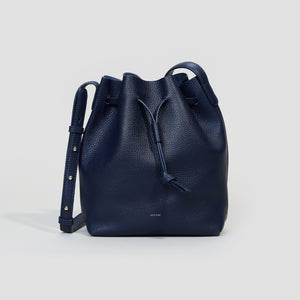 KLEINE BUCKET BAG | NAVY
