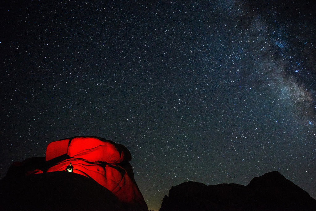 Red tent under dark skies | How to Do Effective Astrophotography Using DSLR