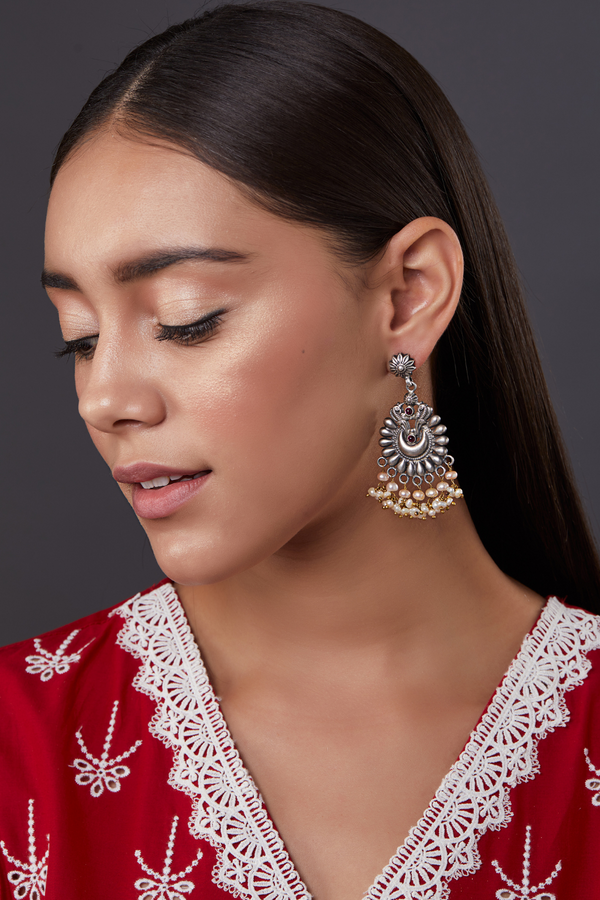 SILVER AMAIRA EARRINGS