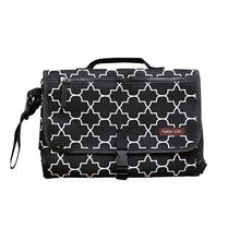 Load image into Gallery viewer, Bebe Chic Changing Clutch - Quatrefoil