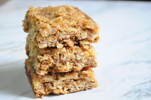 Milking Bombs Light Lemon Oatmeal Bars