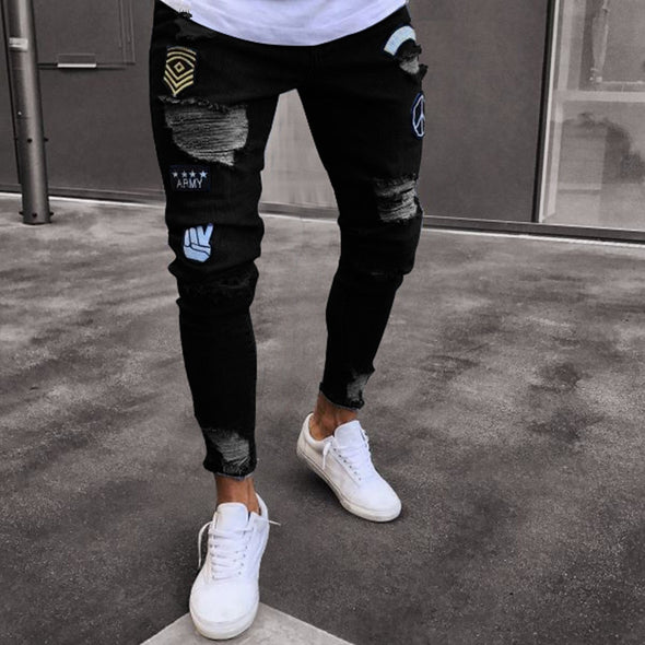 Embroidered Distressed Jeans in Black