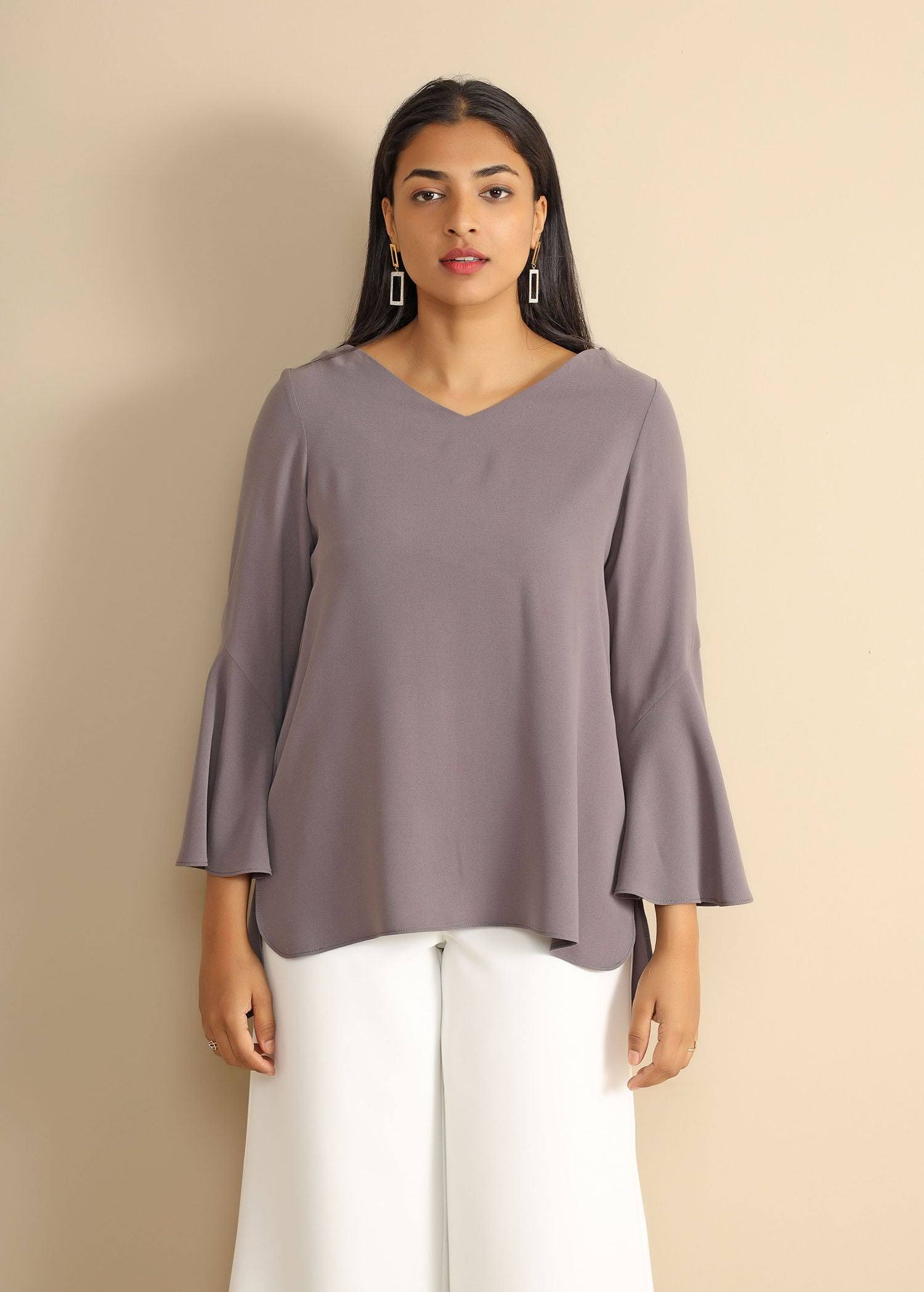 High Low Hem L/S Top With Frilled Cuff
