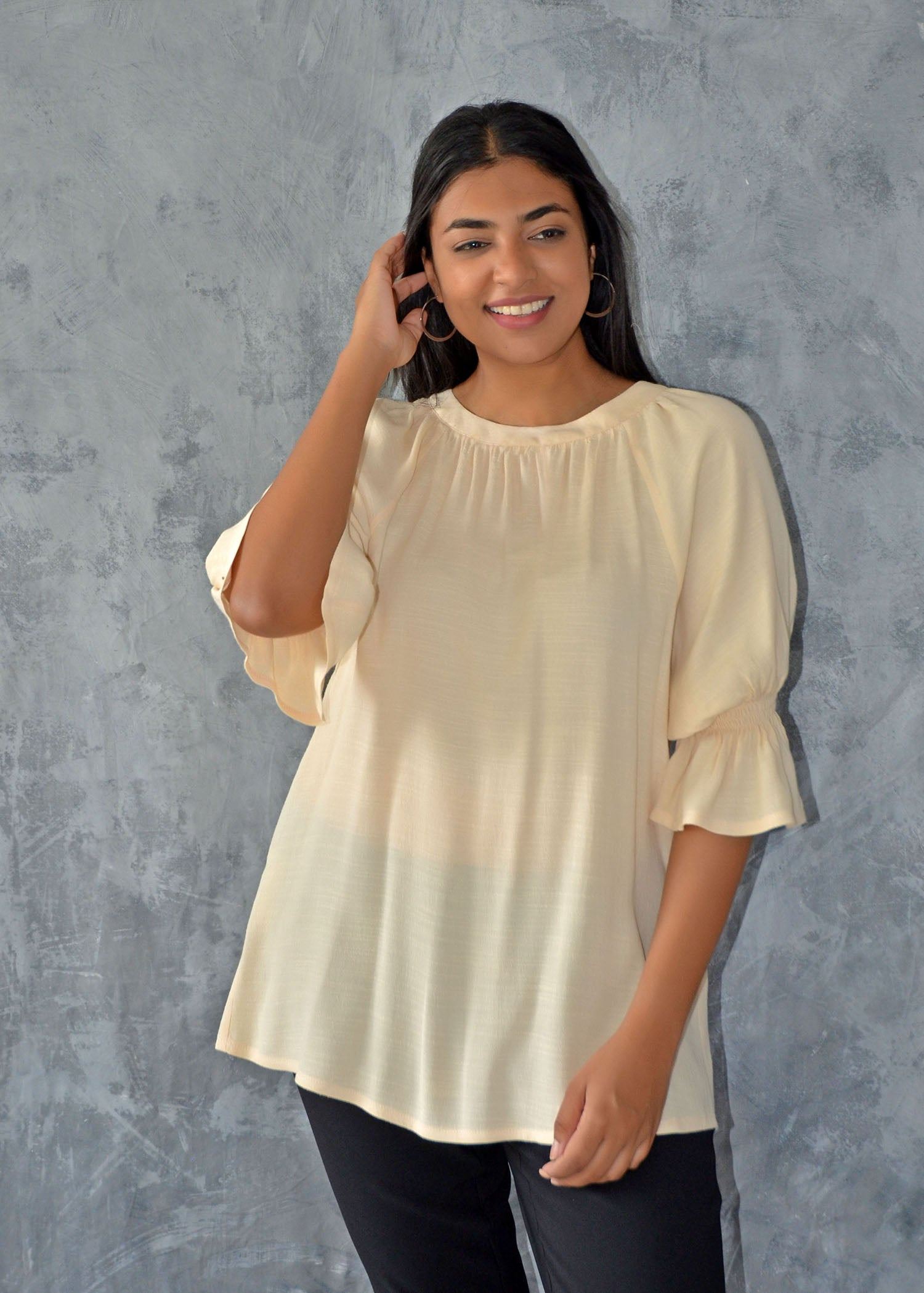 Raglan Sleeve Top With Stitches
