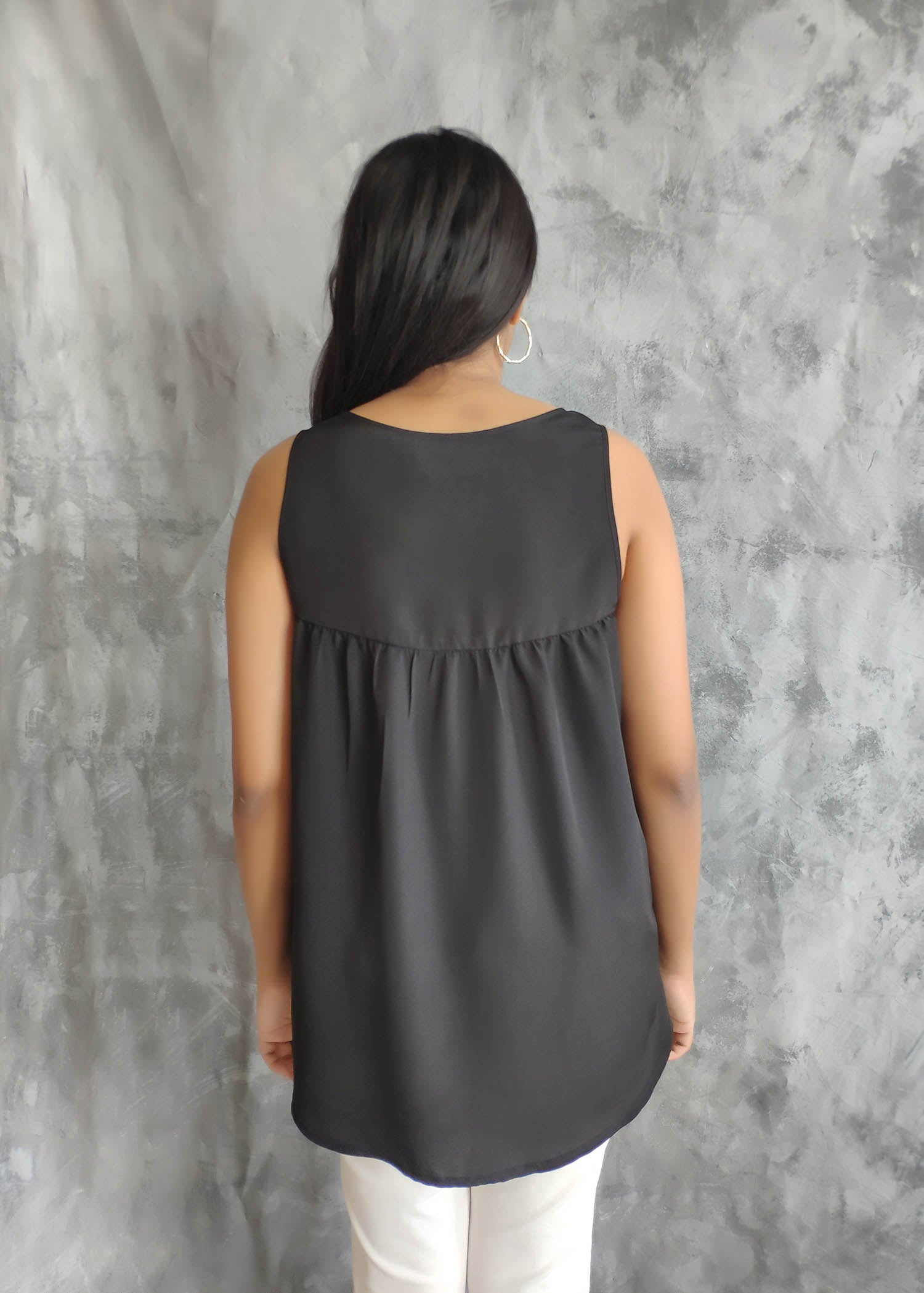 Front Button Opening Sleeveless Top