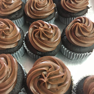 Chocolate Pudding Filling Cupcakes