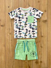 Laden Sie das Bild in den Galerie-Viewer, Kids/Boys-T-Shirt Surfer