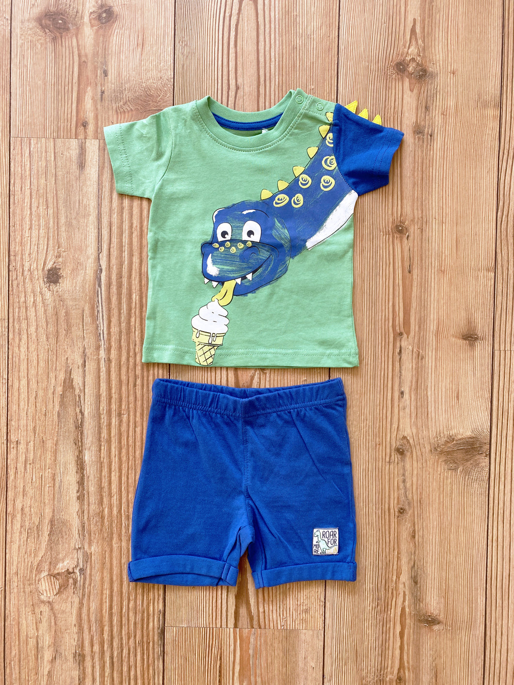 Baby/Boys-Set aus T-Shirt und Short