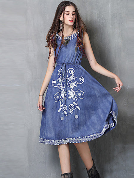 Chic O-Neck Sleeveless Embroidery Denim Skater Dress