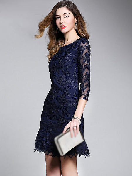 Chic Embroidered O-Neck Bodycon Dress