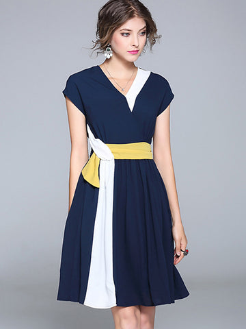 Brief V-Neck Hit Color Belted Skater Dress