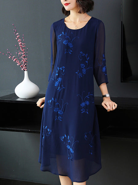 Elegant Embroidery O-Neck Long Sleeve Oversize Shift Dress