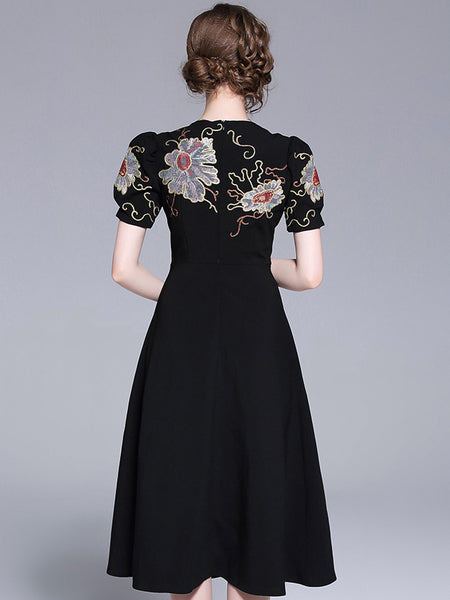Vintage Embroidery O-Neck Puff Sleeve A-Line Dress