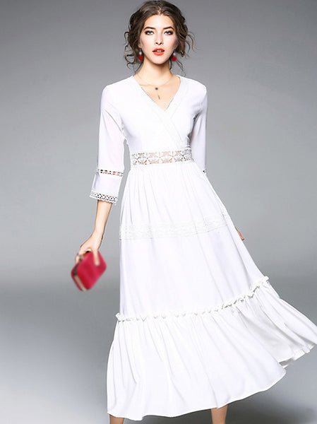 Stitching V-Neck 3/4 Sleeve Big Hem Maxi Dress