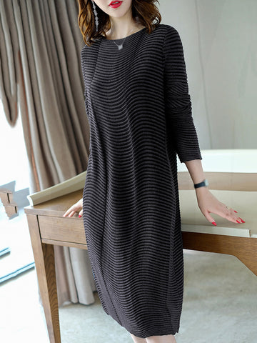 Black O-Neck 3/4 Sleeve Sweater Dress