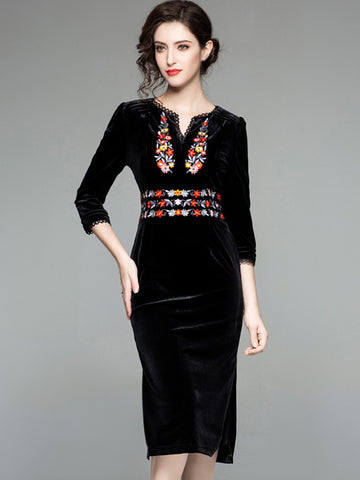 Velour V-Neck 3/4 Sleeve Embroidery Bodycon Dress
