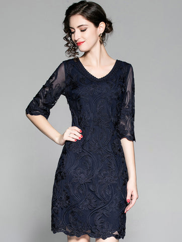 V-Neck Half Sleeve Embroidery Gathered Waist Bodycon Dress