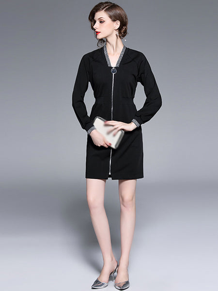Embroidery V-Neck Long Sleeve Bodycon Dress