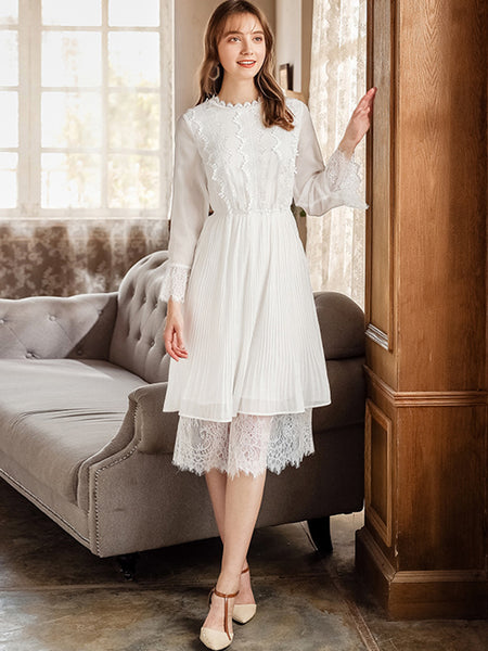 Lace O-Neck Flare Sleeve Stitching Skater Dress