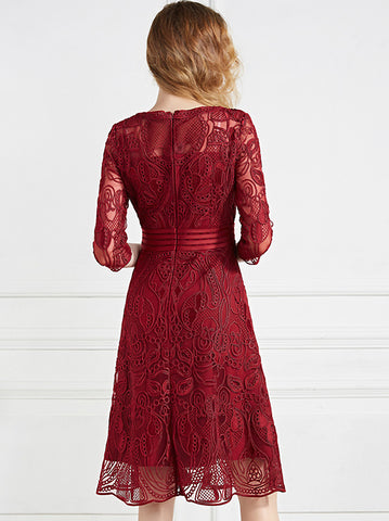 Elegant Chic Embroidery Gathered-Waist 3/4 Sleeve O-Neck Fit & Flare Dress