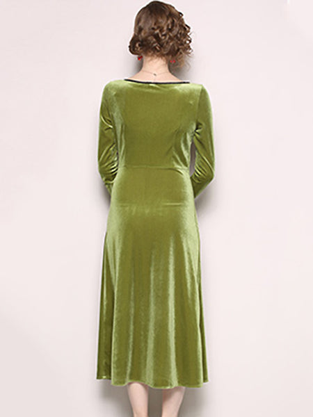 Elegant O-Neck Long Sleeve Velour Maxi One Pace Dress