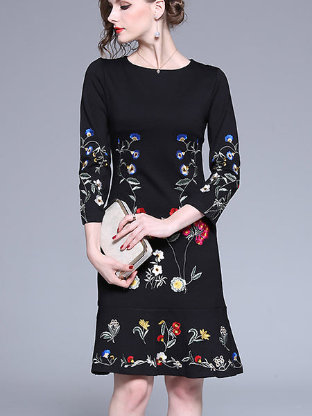 Chic Embroidery Floral 3/4 Sleeve Falbala Mermaid Dress