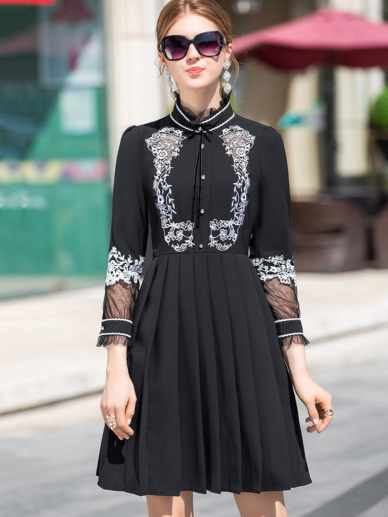 Simple Embroidery Hollow Out Gathered Waist Pleated Dress