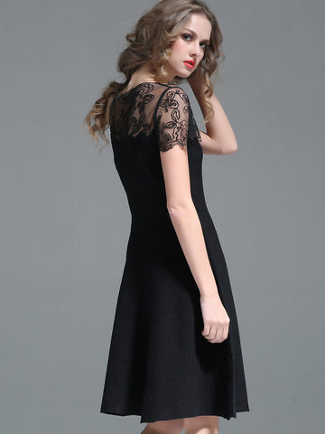 Fashion Lace Embroidery O-Neck Beading Big Hem Dress